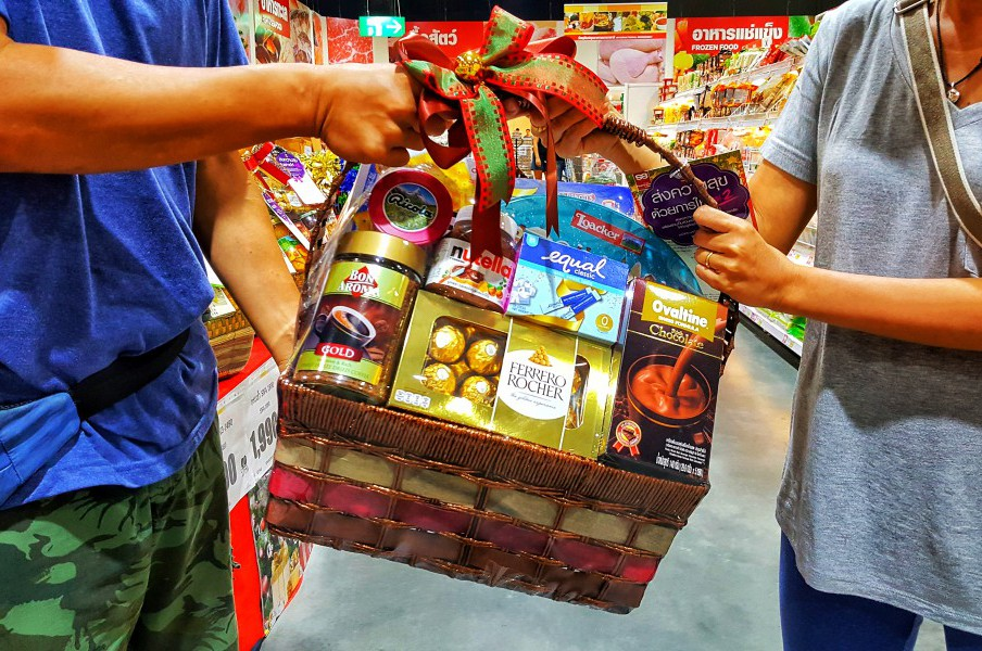 Gift-giving Culture in Asia